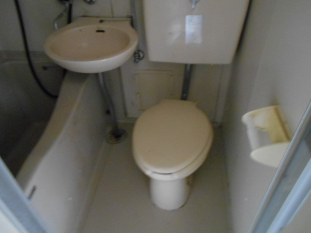 ホワイトウイング連光寺Ⅰ 204号室のトイレ