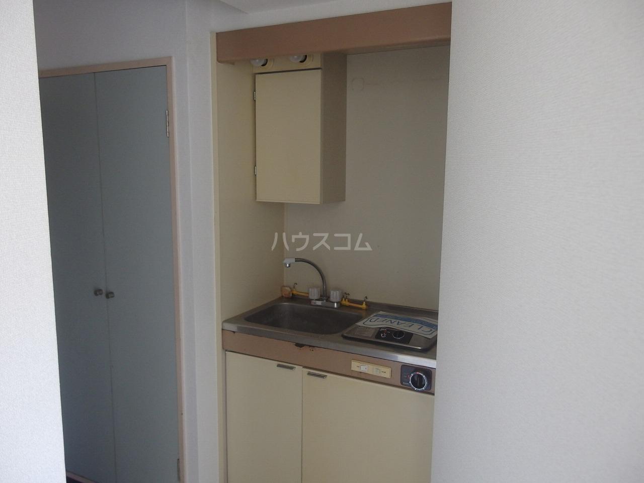 アベニューⅡ 305号室のキッチン