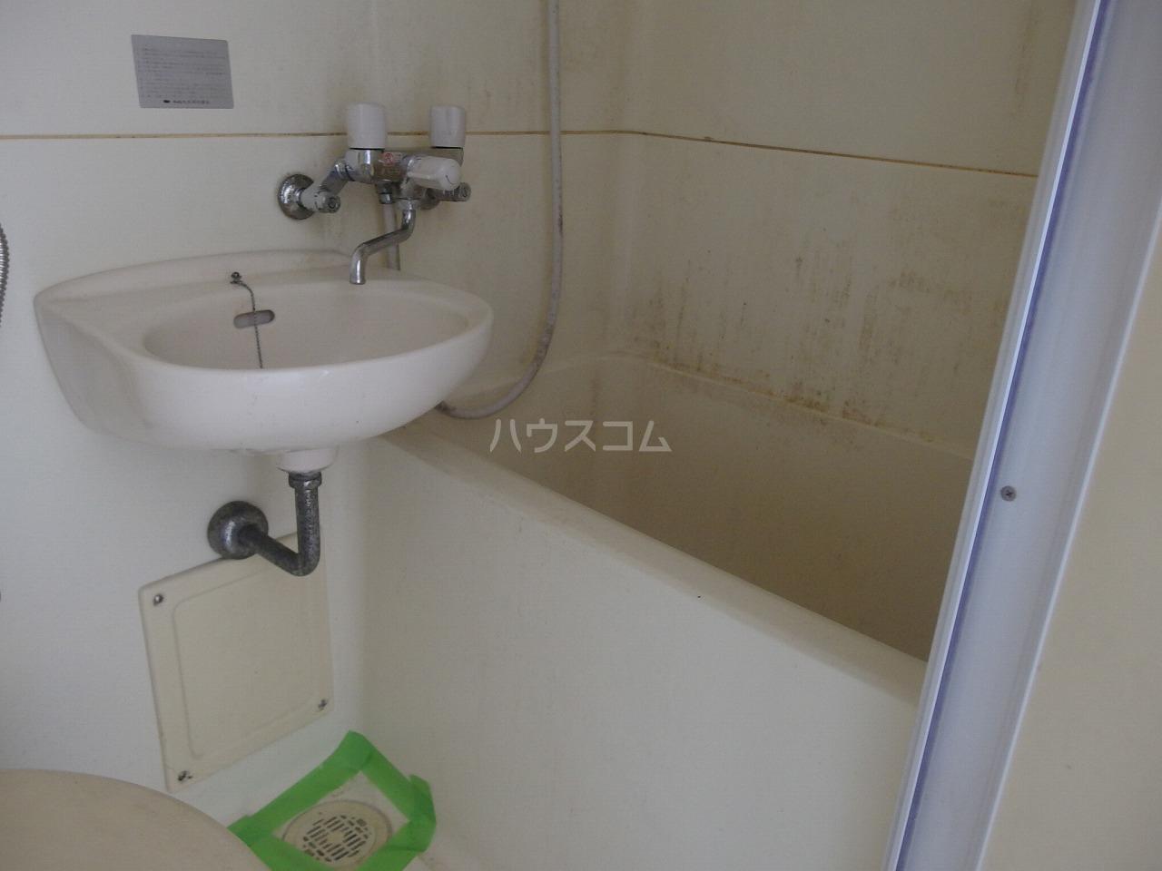アベニューⅡ 305号室の風呂