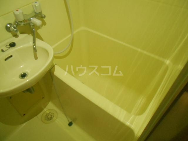 アベニューⅡ 504号室の風呂