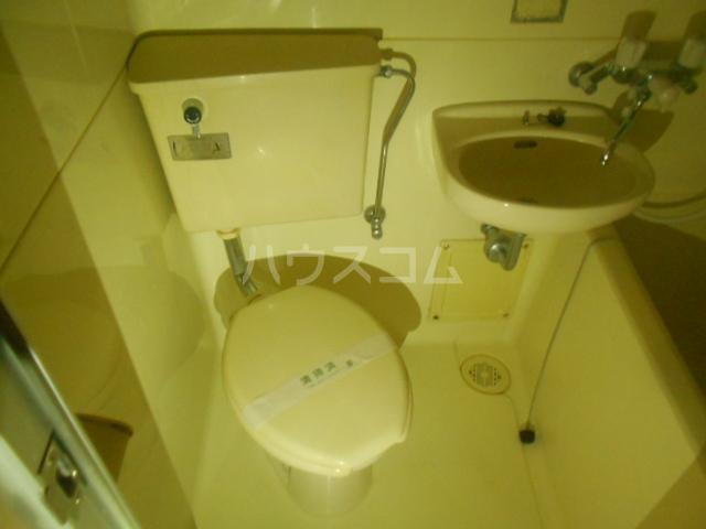 アベニューⅡ 504号室のトイレ