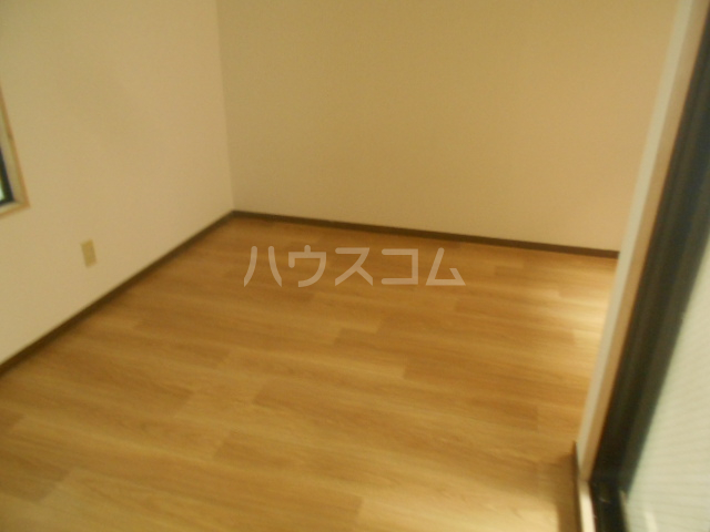 アベニューⅡ 504号室の居室