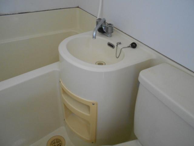 ヴィラ永山 202号室の洗面所