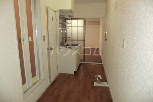リーバイスハイツⅡ 203号室のキッチン