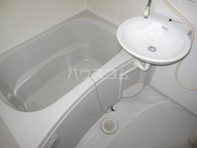 セフィラHigh Field B-205号室の風呂
