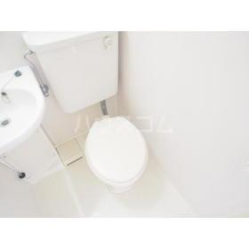 エクセルホワイト与野 201号室のトイレ