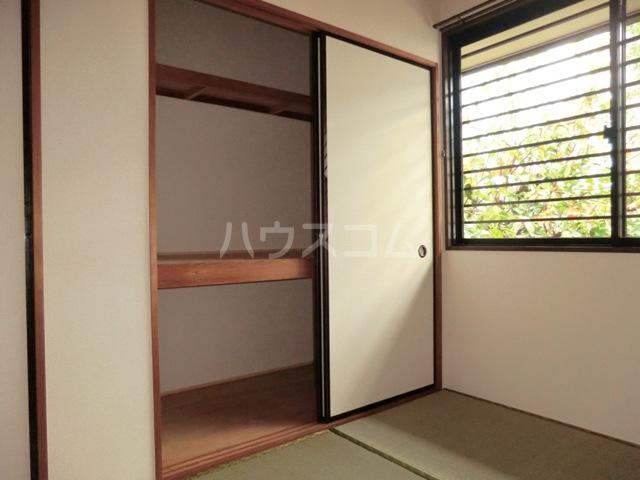 ガーデンハイツ相ノ谷 203号室の収納