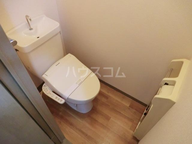 ガーデンハイツ相ノ谷 203号室のトイレ