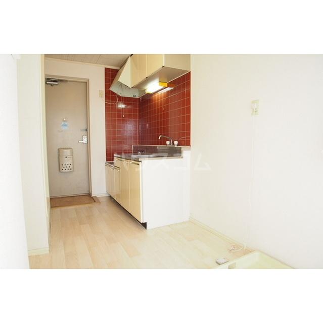 ル・マイーム27 301号室のキッチン