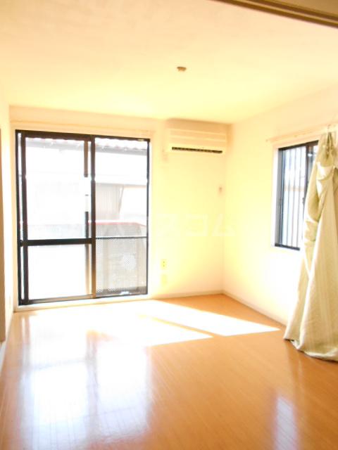 コーポ増田A棟 101号室のリビング