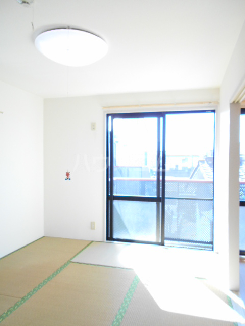 コーポ増田A棟 101号室のベッドルーム