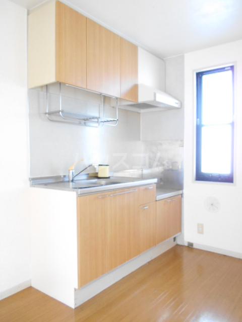 コーポ増田B棟 201号室のキッチン