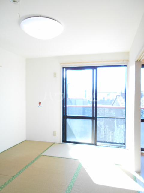 コーポ増田B棟 201号室のベッドルーム