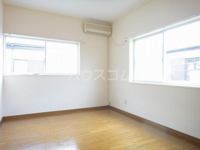 下新郷貸家2号棟の居室
