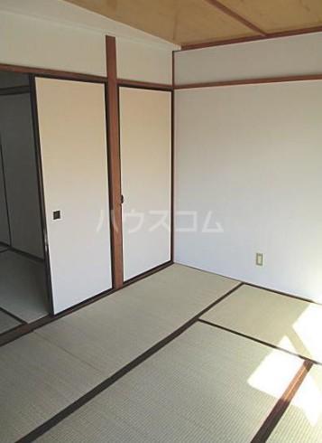 松原コーポ 302号室のリビング
