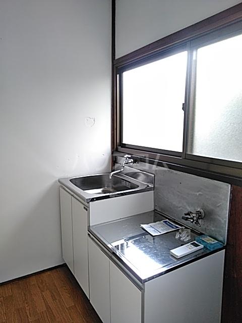 高木荘 12号室のキッチン