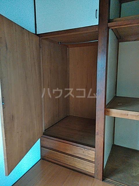 高木荘 12号室の収納