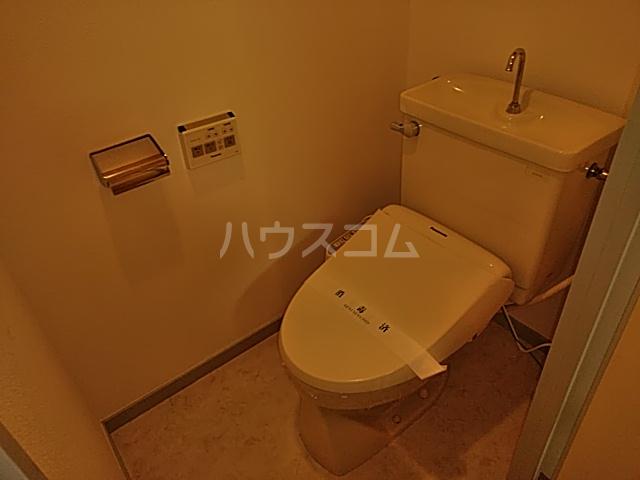 モンド大岡山パーク 205号室のトイレ