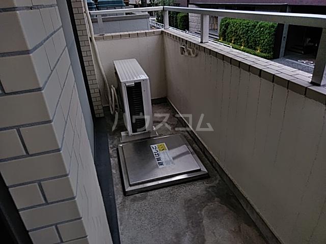 モンド大岡山パーク 205号室のバルコニー