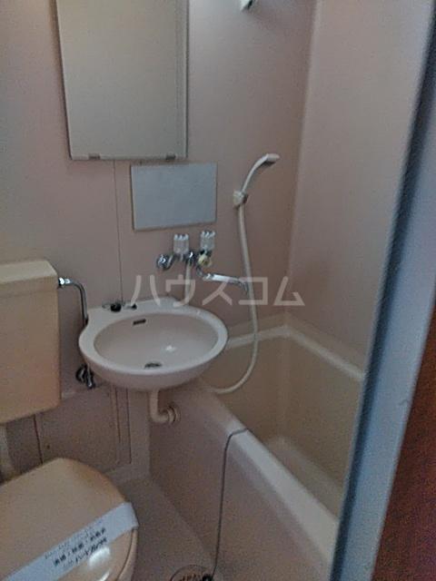 ベルハイツA棟 106号室の風呂
