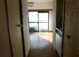 ラ・レジダンス・ド・ヴァロワール 504号室の玄関