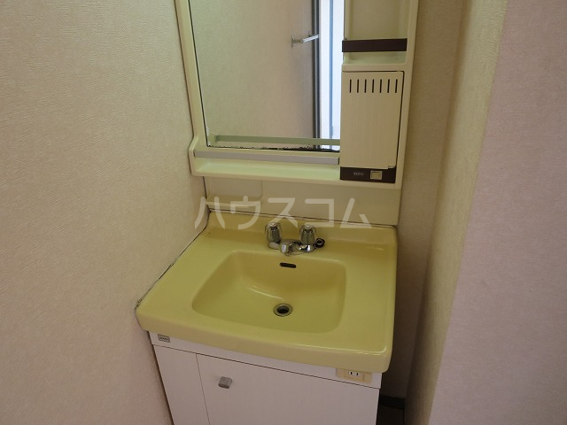 メゾンド洗足 401号室の洗面所