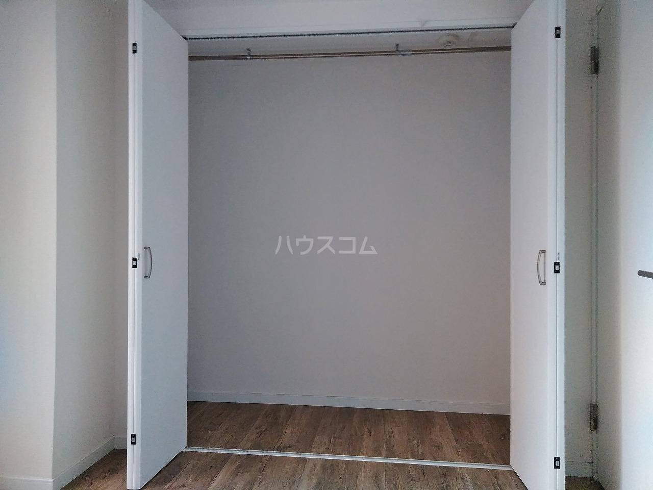 アーバンハイツ大岡山 201号室の収納