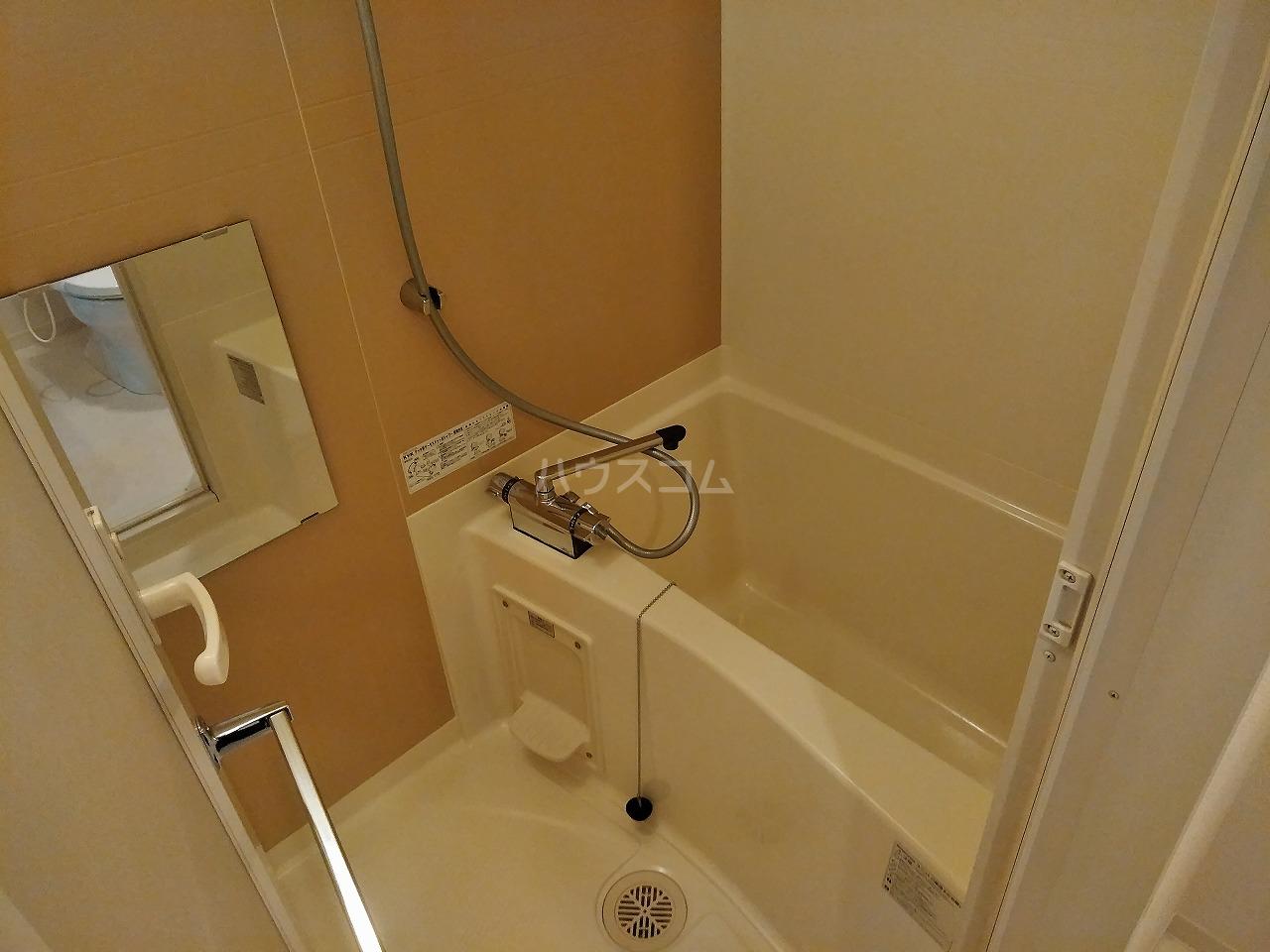 プレミアムキューブ大岡山 602号室の風呂