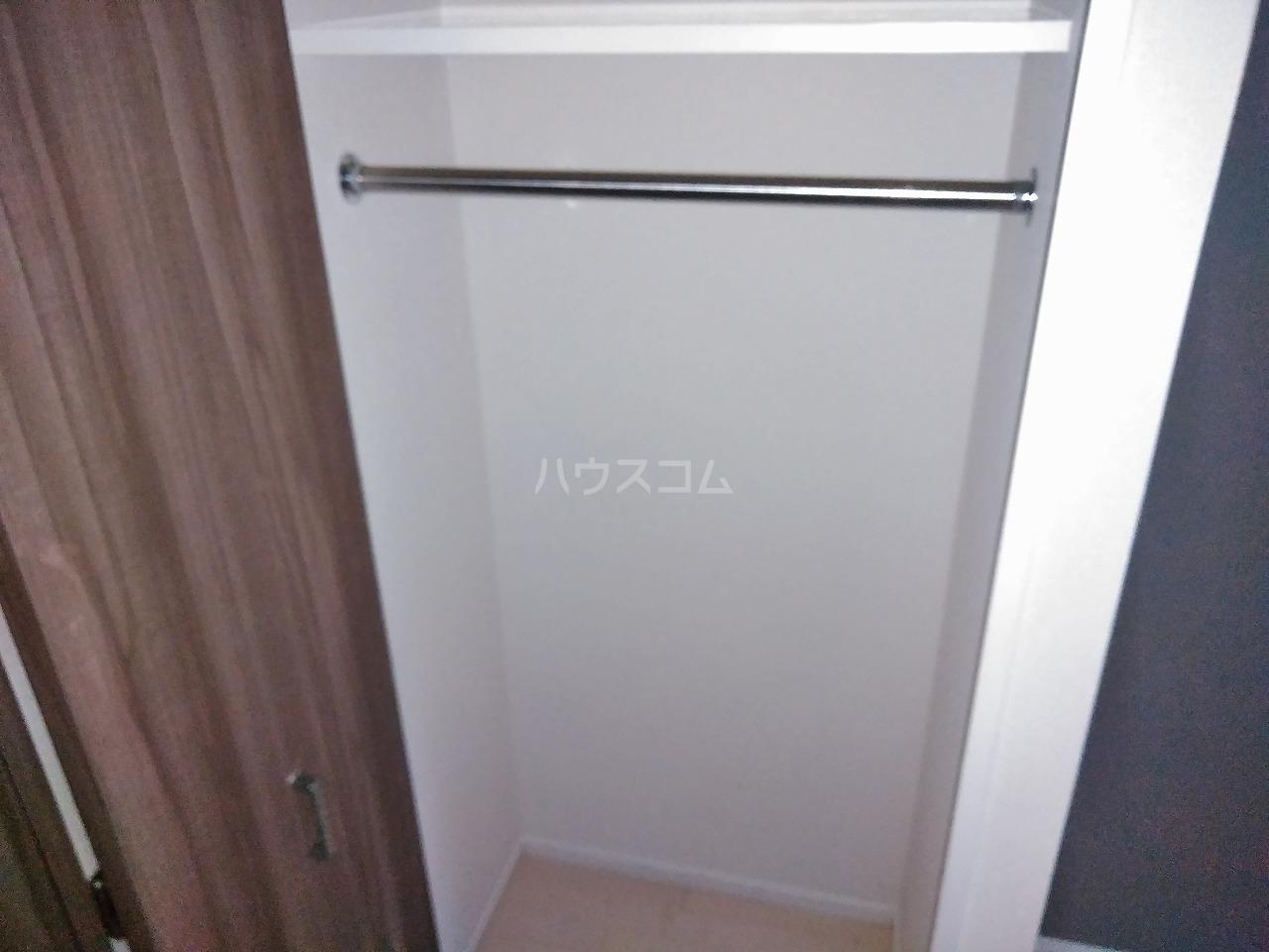 プレミアムキューブ大岡山 602号室の収納