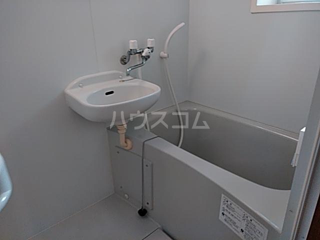 カースク大岡山 202号室の風呂