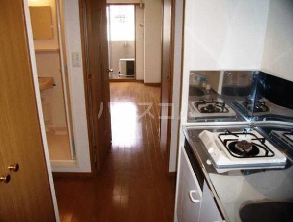 ロアール目黒本町 402号室のキッチン