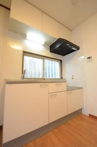 サンステージ目黒本町 201号室のキッチン