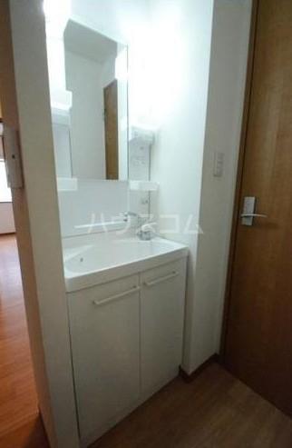 サンステージ目黒本町 201号室の洗面所