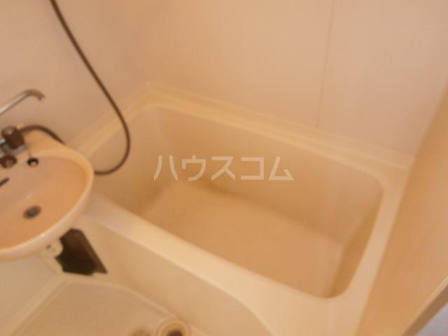 コーポレーションフジ 203号室の風呂
