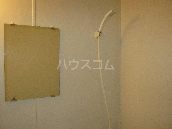 エルミタージュ 201号室の洗面所
