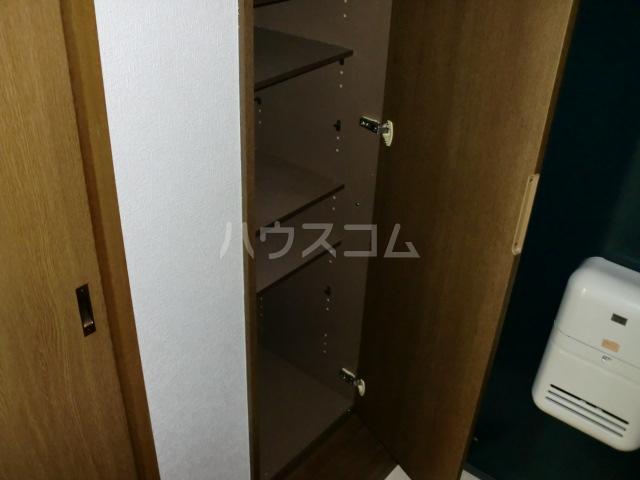 CASA GRAZIA 106号室の玄関