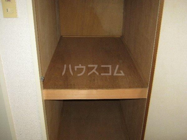 トラストビラ住吉 109号室の収納