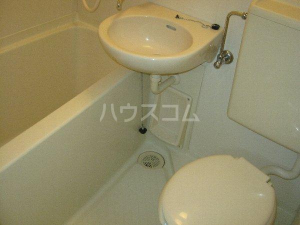 トラストビラ住吉 109号室のトイレ