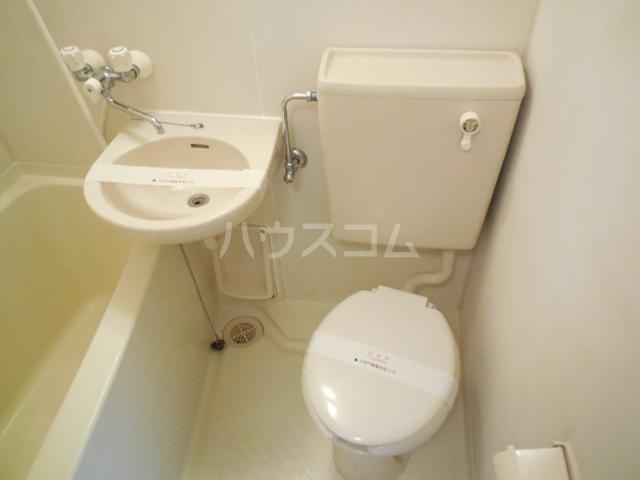 トラストビラ住吉 413号室のトイレ