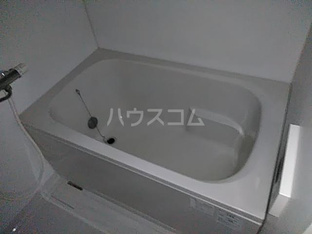 カスカワビル 403号室の風呂