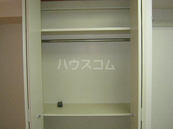 コスモハイム元住吉 501号室の収納