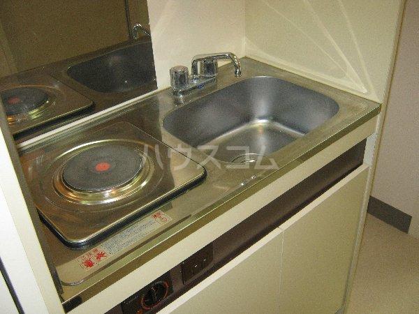 コスモハイム元住吉 501号室のキッチン