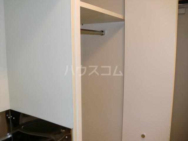 コスモハイム元住吉 502号室の収納