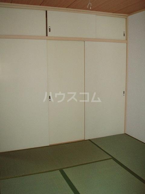 カーサ湯川 201号室の居室