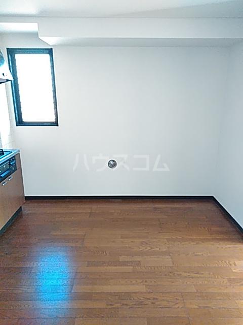 メゾンリヴィエール 302号室のキッチン
