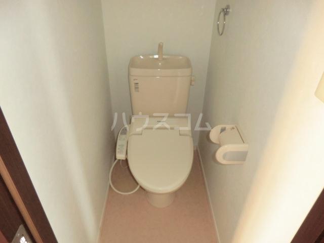 グランⅡ 302号室のトイレ