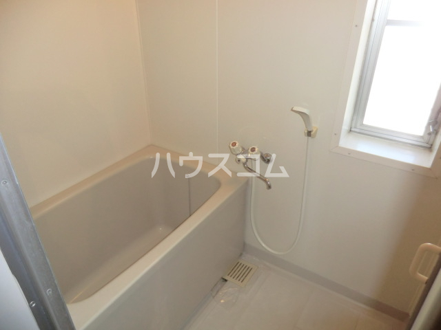 KKマンション 301号室の風呂