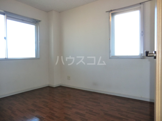 KKマンション 301号室の居室