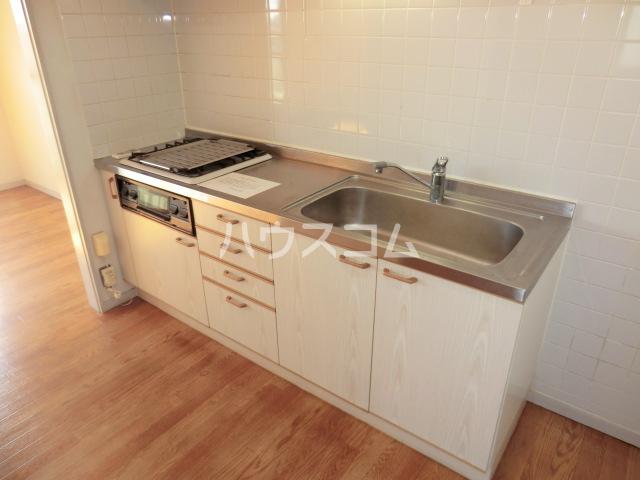 KKマンション 301号室のキッチン