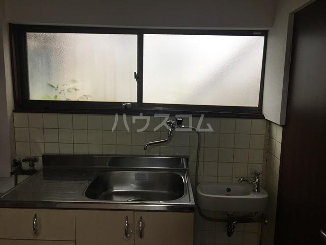 千成荘 1号室のキッチン